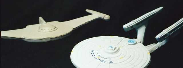 USS Enterprise versus Romulan Bird of Prey