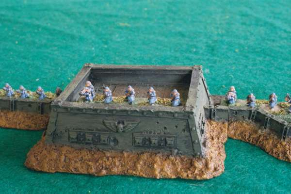 Imperial Guard Tanks and Infantry Epic 40000 Miniatures Gallery
