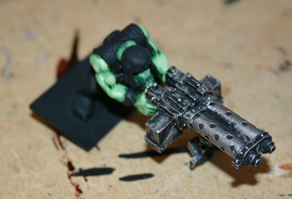 Here is another work in progress of the other Heavy Weapons Ork.