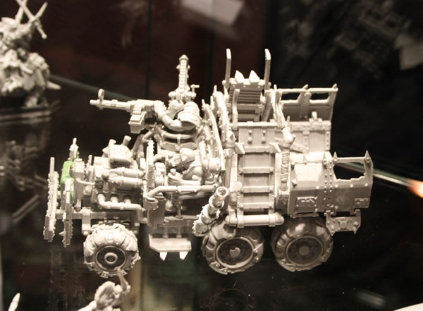 Forge World Ork Trukk with Big Zappa.